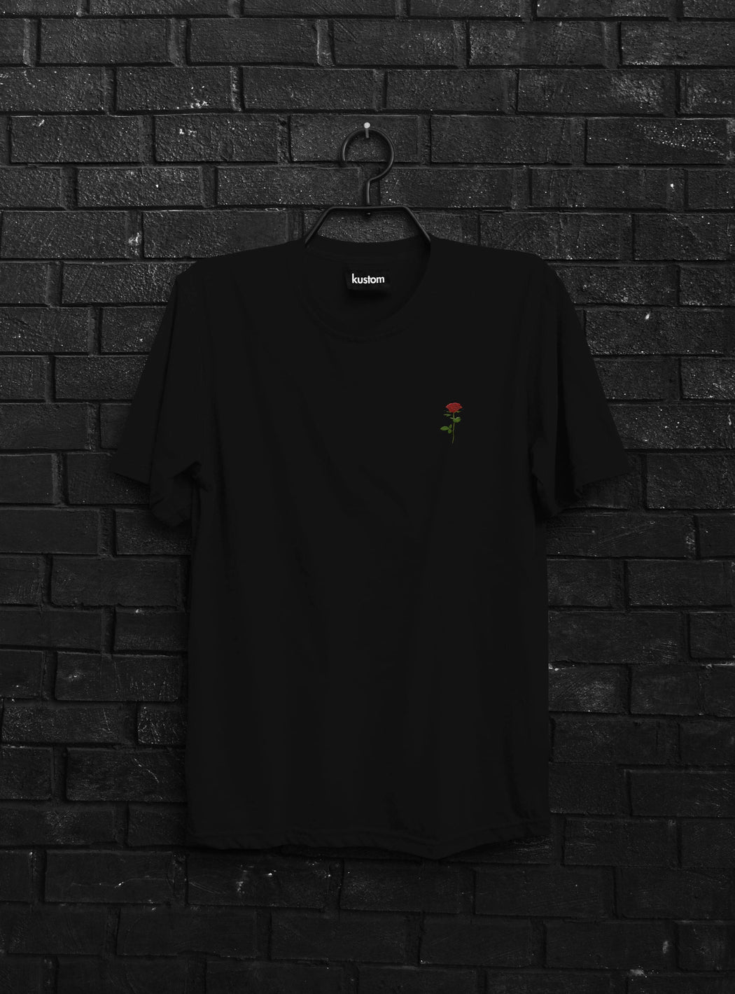 Red Rose Embroidered Tee Black
