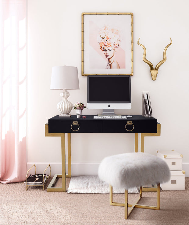 Majesty Desk