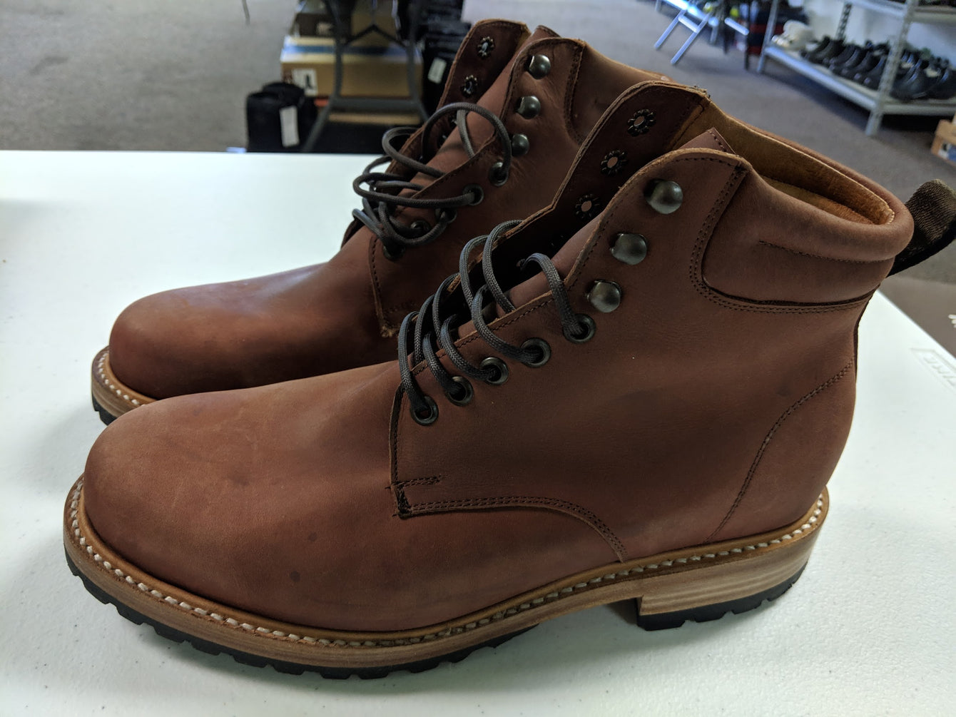 Shiloh - Rust Brown Size 9 Leather Mens Boots