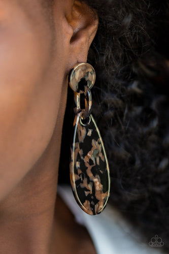 A Haute Commodity-black-Paparazzi earrings