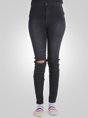 Knee Ripped Skinny Jeans by Denim & Co