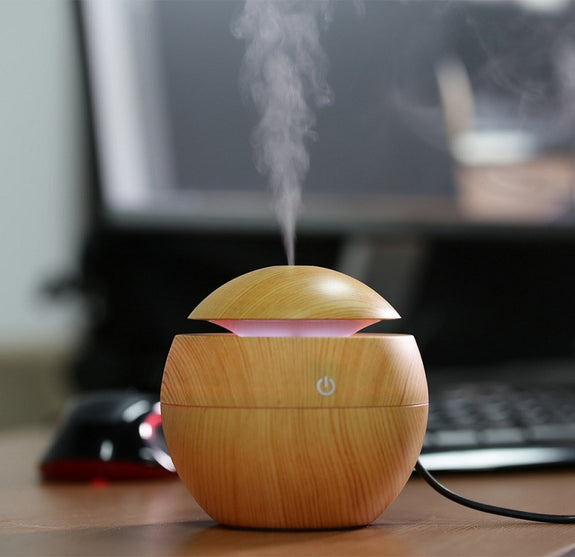 Wooden Aroma Humidifier with Color Changing LED lights - Idea Gift