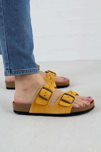 Yellow Cara Suede sandal fra Shoe The Bear