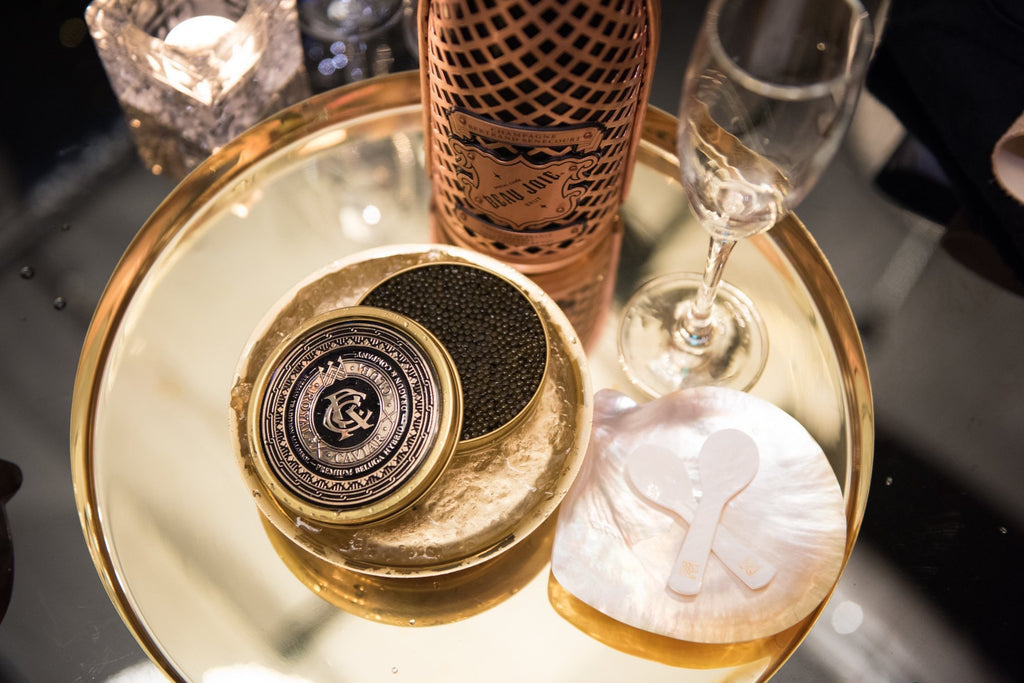 Cavi-Art: The Art of Enjoying Caviar