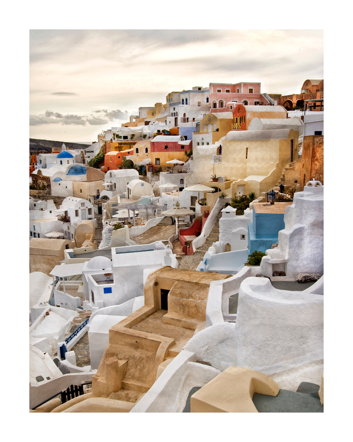 GREECE : Oia on the Sea, Santorini
