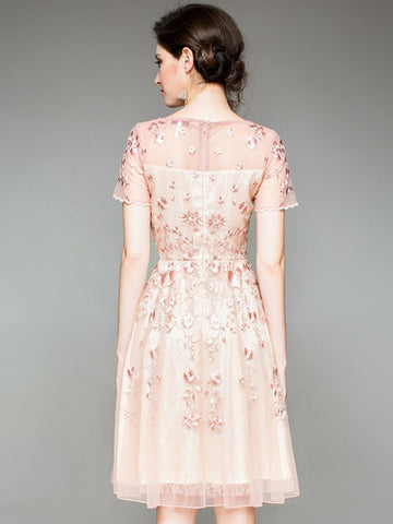 Embroidery O-Neck Short Sleeve Pink A-Line Dress