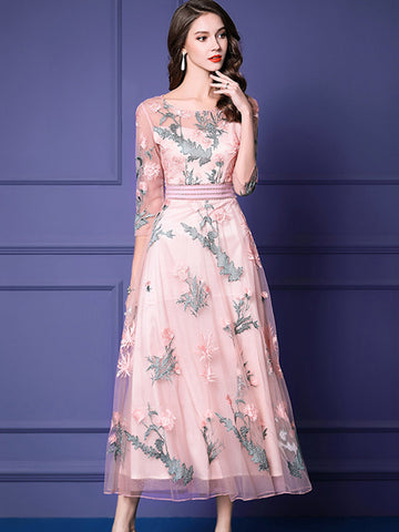 Chic Pink Embroidery O-Neck 3/4 Sleeve Fake Two Piece Maxi Dress