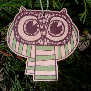 Owl wooden decoration