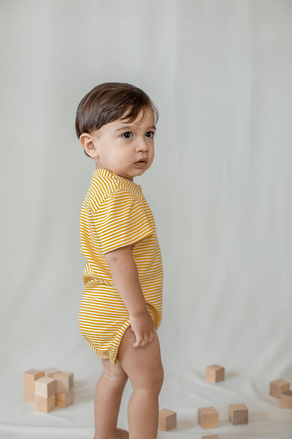 kinder capsule unisex onesie in citron - clothes that grow with your child