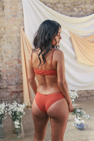 Lola II Bottom / Coral
