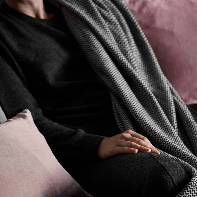 Nora Cashmere Jumper in charcoal | Home & Living inspiration | URBANARA