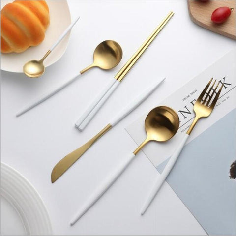 Cupofdeals cutlery Black Fashion Forward Cutlery Set