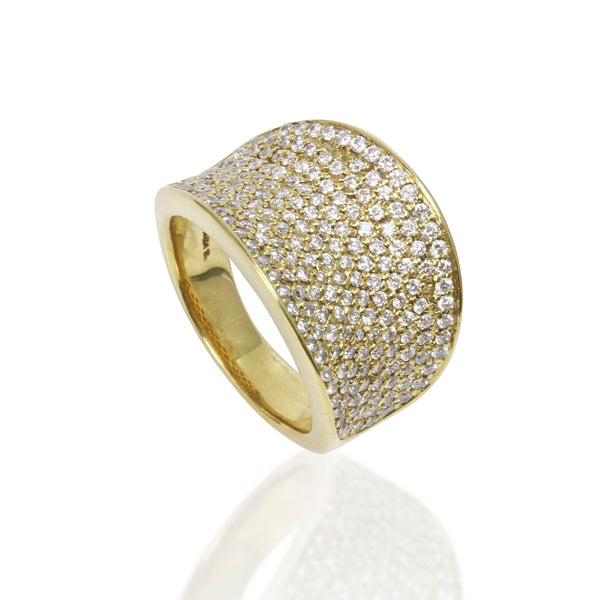 18k Gold & Diamond Ring