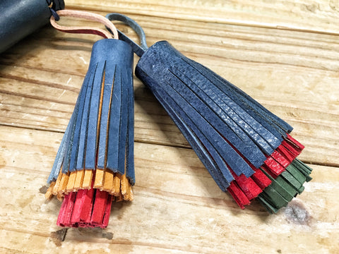 LEATHER TASSEL CHARM - LeCow