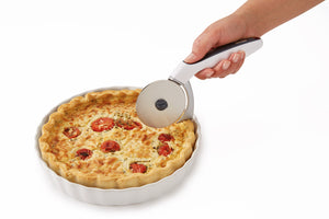 Zyliss Pizza Slicer with Crust Cutter