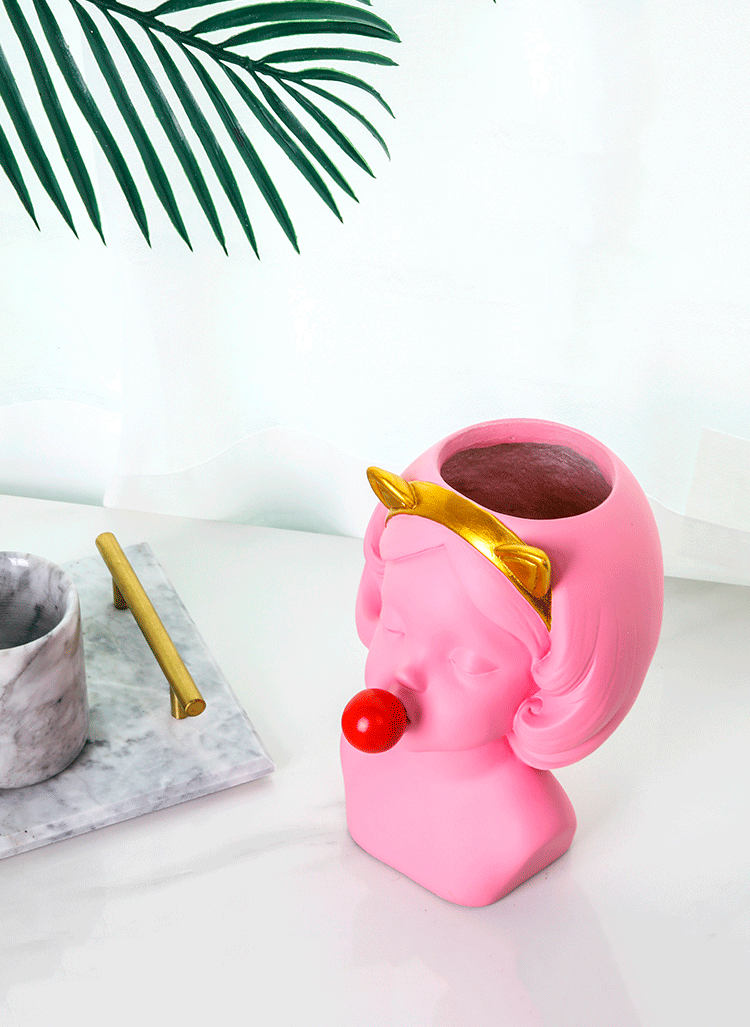 Bubble Gum Girl Flower Pot - Fourline Design