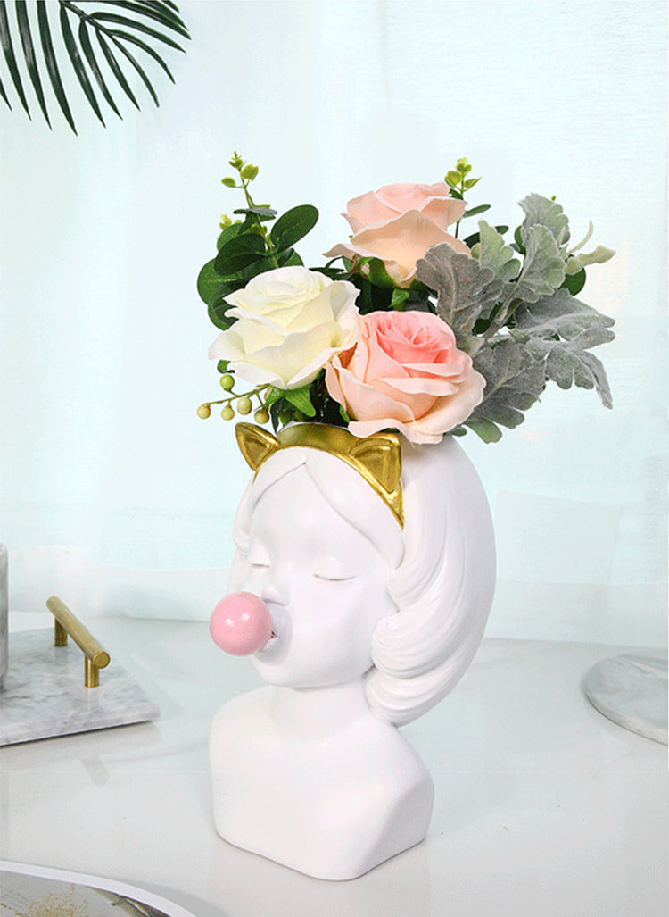 Bubble Gum Girl Plant Pot - four line design