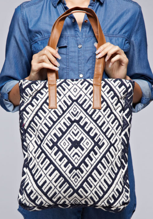 (LOVESTITCH) tribal cotton tapestry tote
