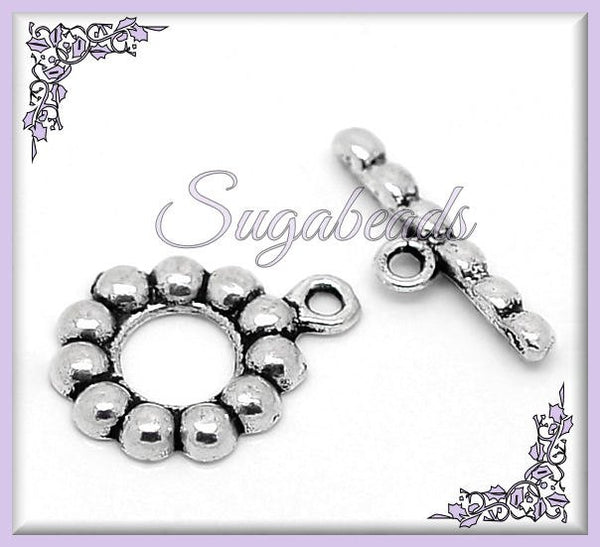 5 Antiqued Silver Daisy Toggles, Flower Toggles 19mm