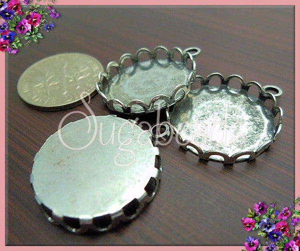 5 Oxidized Silver Cabochons, Silver over Copper, Scallop Edged Cabochon Trays, Fits 18mm, PS124