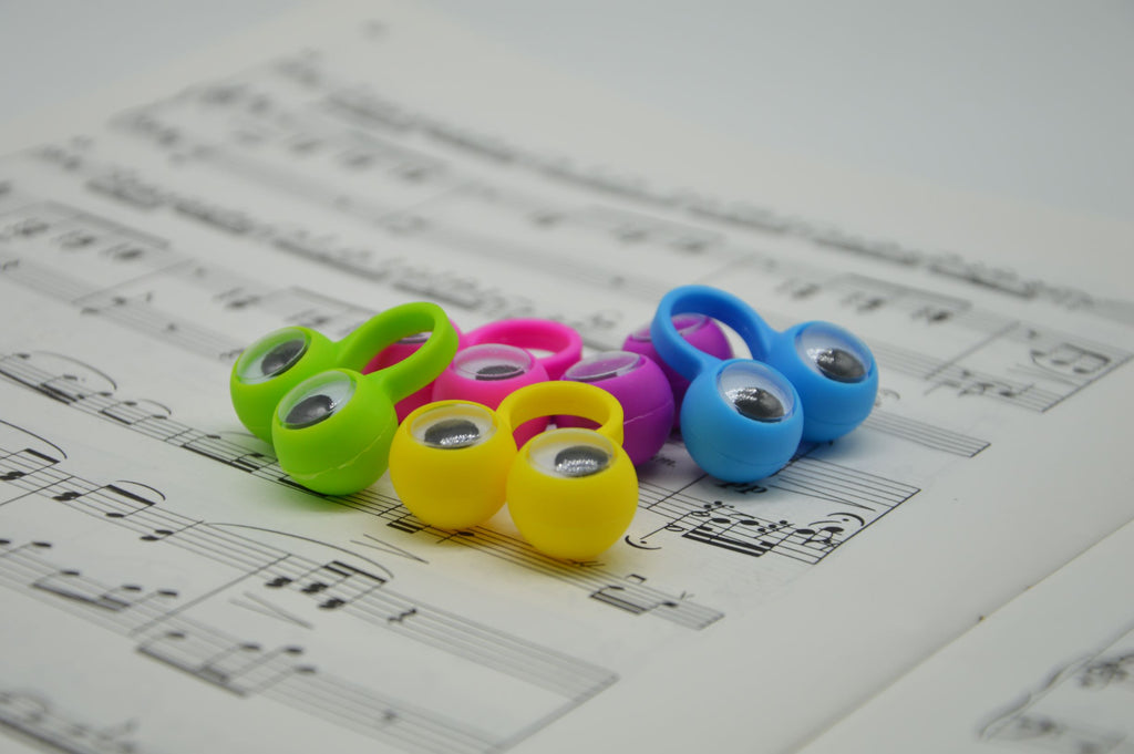Big Eyed Finger Rings small - Suzuki Strings