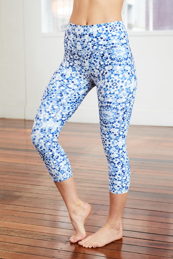 7/8 length yoga tight with high-rise waistband and blue hand painted print