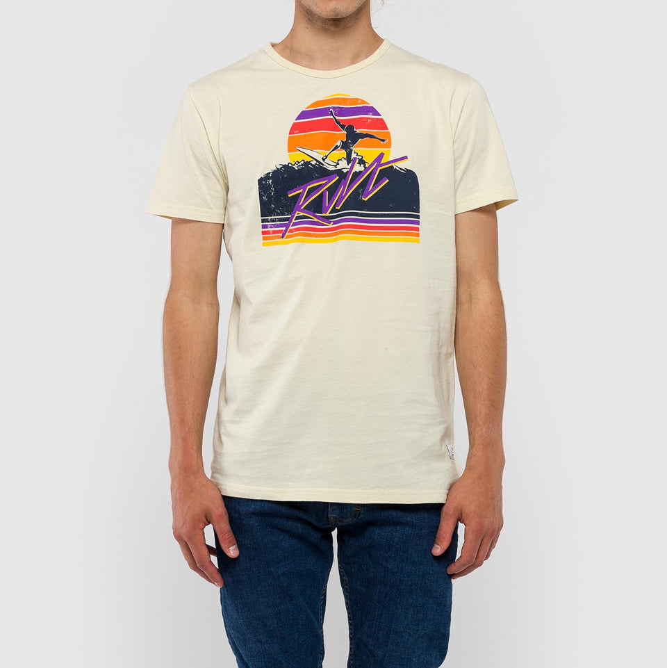 Valle Wave Tee - Saint Street