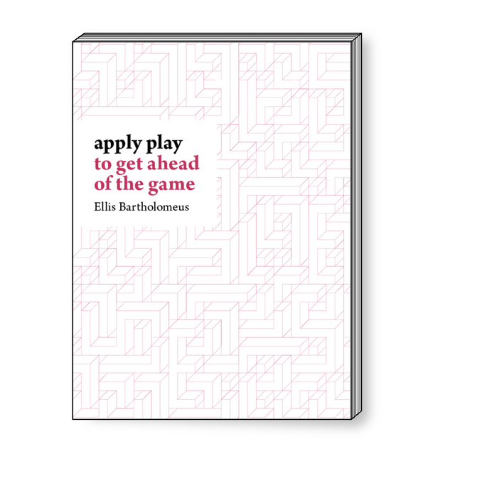 Apply play (paperback)