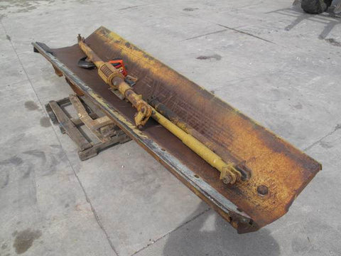 <p>12' WING FOR CATERPILLAR 140G</p>