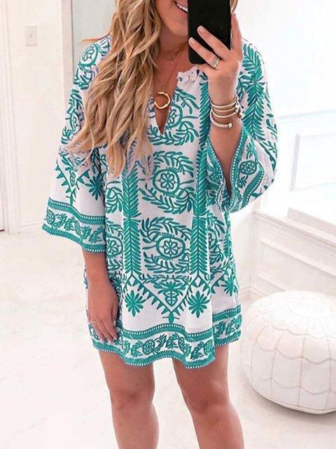 Contrast Color Floral Print V Neck Flare Sleeve Mini Dress