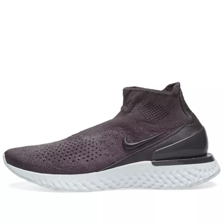 Nike Rise React Flyknit - Thunder Grey & Off White - Workout Crew Athletic Online