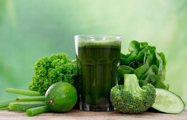 Try These 8 Best Greens For Smoothies