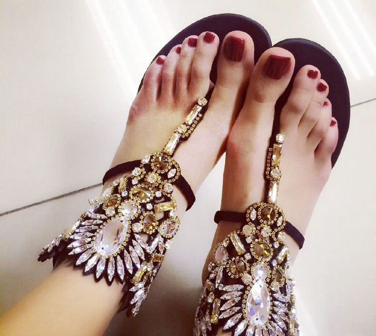Hot Selling 2019 Rome Style Solid Black Women Crystal Embellished Ankle Wrap Flat Flip-flop Beach Shoes Cut-out Gladiator Sandal