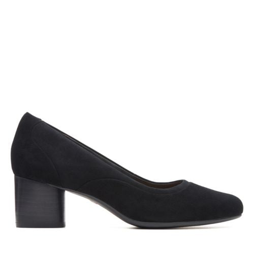 Women's Clarks Un Cosmo Step/ Black Pump