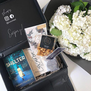 Luxuread prepaid book box subscription | the perfect unique gift