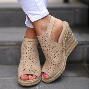 PMS Sandals Beige / 41 Vintage openwork carved wedge sandals