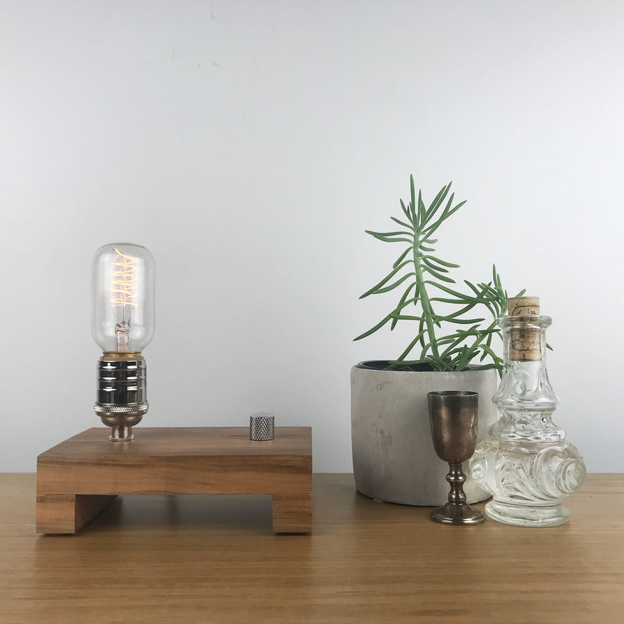 TESLA Single - Maple | modern industrial table lamp with dimmer and Edison bulb