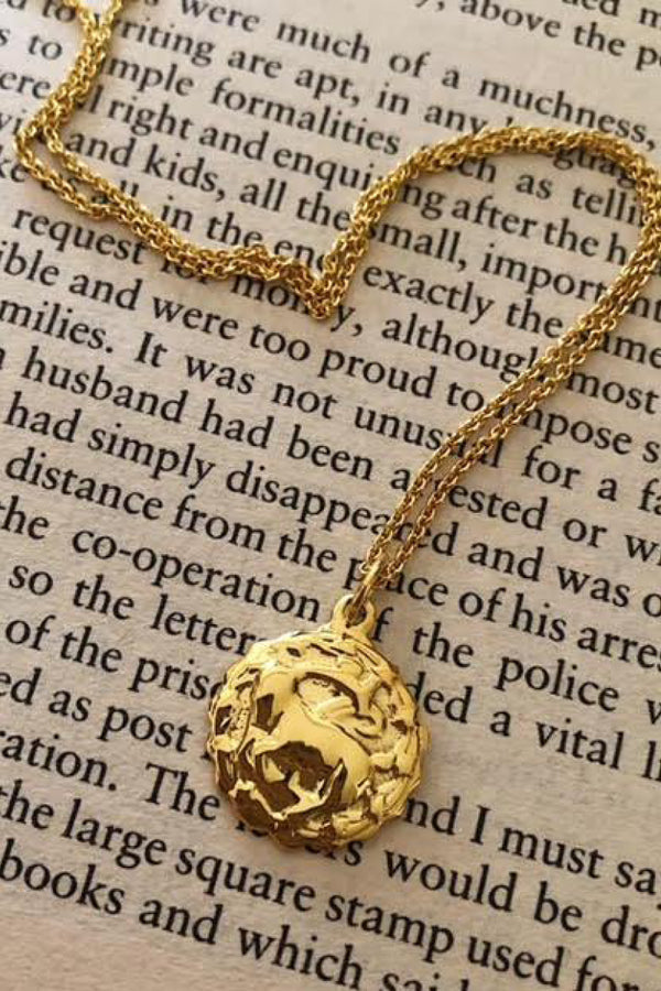 ZODIAC NECKLACE - CAPRICORN
