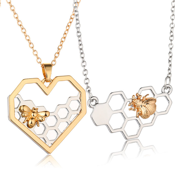Charm Girl Heart Bee Animal Pendant Choker Necklace.