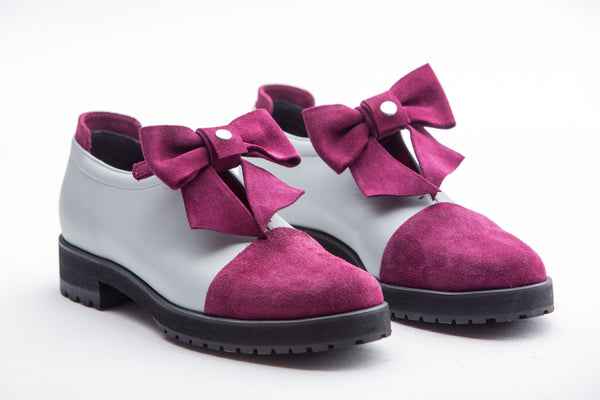 Lilac Loafer Players