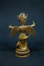 Load image into Gallery viewer, Brass metal Garuda