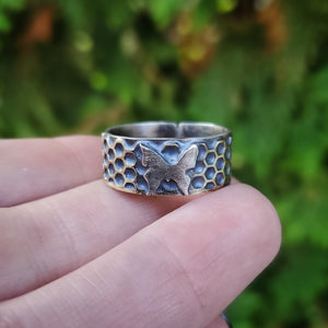 Honeycomb Butterfly Ring Band Size 9.75