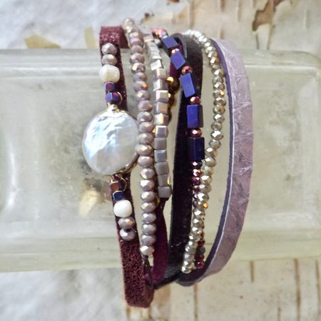 THE IRIS BEADED MULTI-LAYER MAGNETIC LEATHER AND PEARL BRACELET