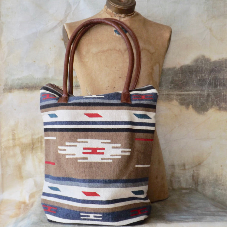 THE MODERN MERCANTILE NAVY AND TAN TRIBAL TOTE WITH BOTTOM GUSSET