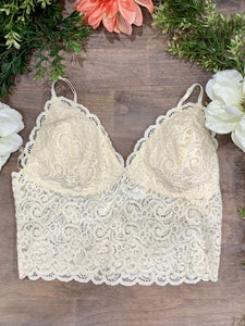 Scalloped Edge Lace Bralette: Ivory