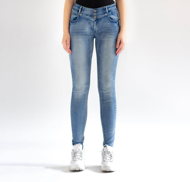Sarina 3-Button Skinny Jeans