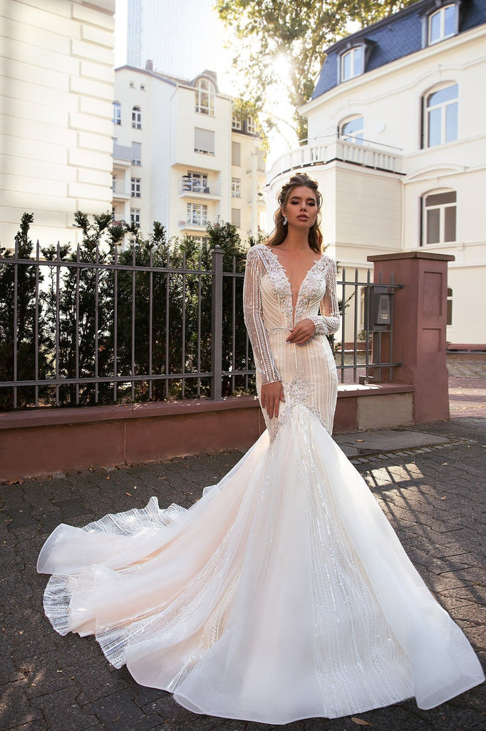 https://www.gloriaara.co/collections/2019-spirit-of-love-by-elly-bride/products/ava-2