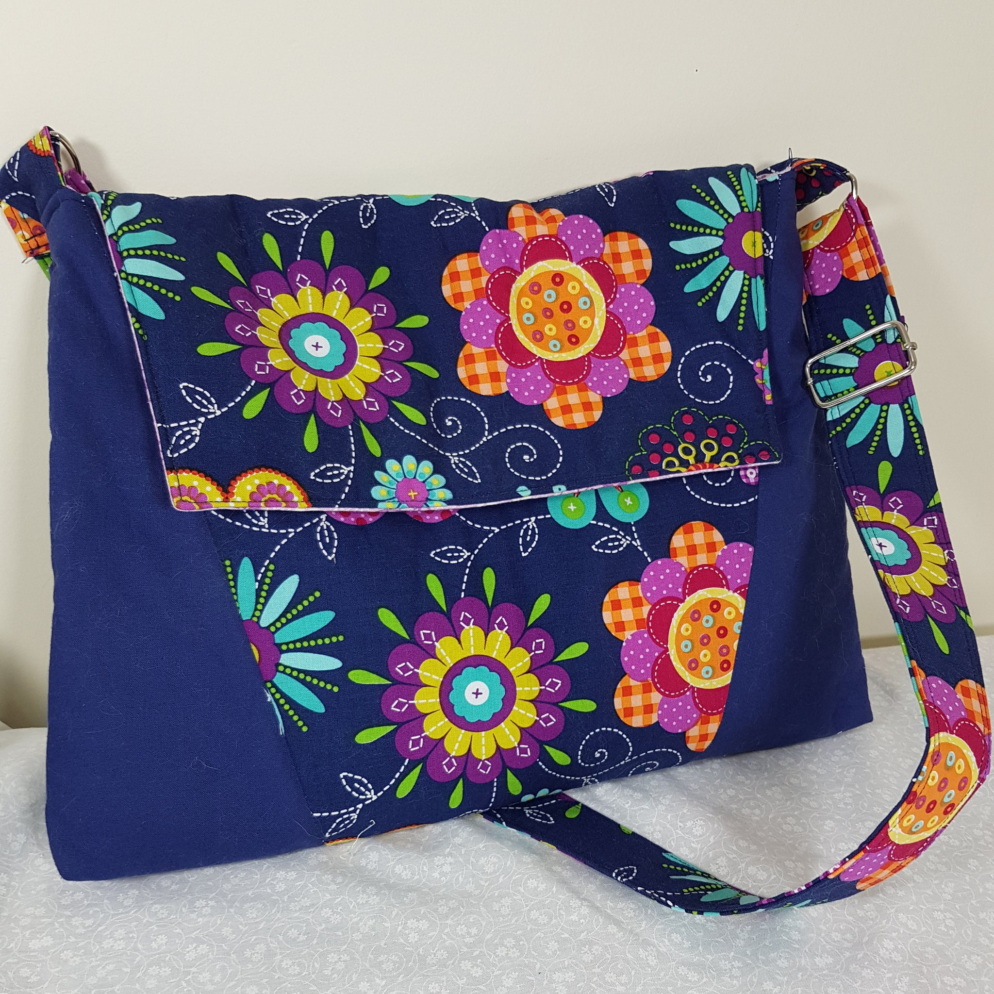 Luna Laptop Bag & Handbag PDF Sewing Pattern  PDF Pattern free sewing patterns - Lorelei Jayne