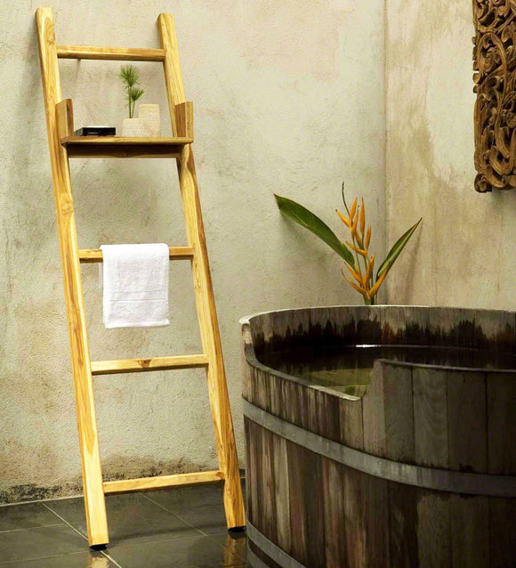 Haussmann Teak Towel Ladder 18 X 64 In H With Adjustable Shelf Teak Oil