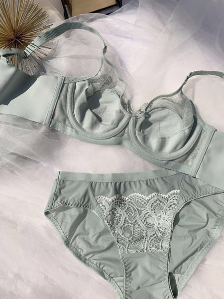 3/4 Cup Lace Bra and Brief Set